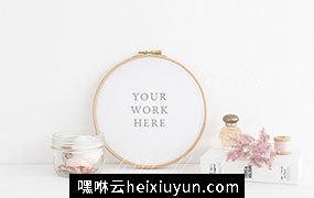 粉红色绣花刺绣艺术圆形相册画框样机模板 Pink floral embroidery hoop mockup