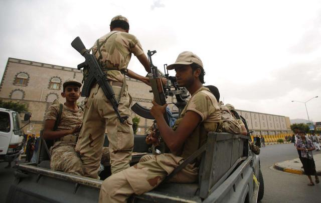 也门爆发冲突24人死亡 另有40多名胡塞武装人员被俘