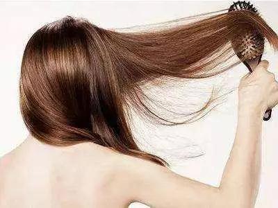 """洗头时洗发水和护发素顺序弄错可能会""""秃头"""""""