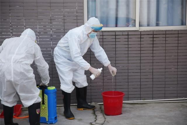 眉山市中医医院举行医疗废物泄露应急处置演练