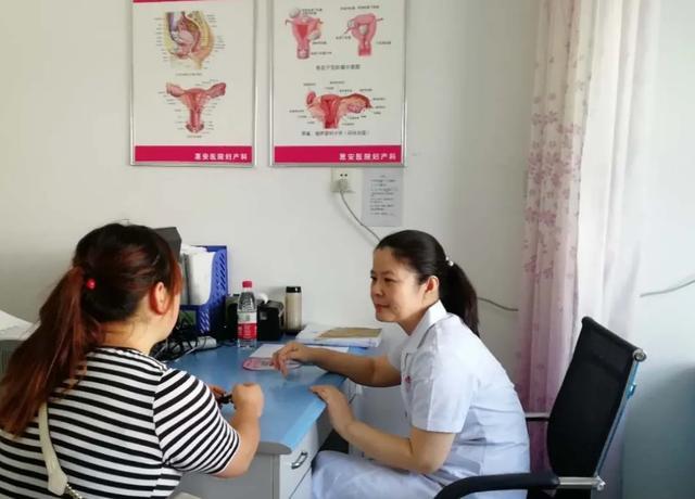 孕妇身患多种疾病,分娩危机重重,医生冒险手术守护母婴平安