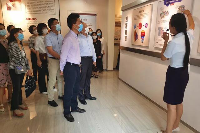 上海市第二康复医院组织开展反腐倡廉教育基地现场教学活动