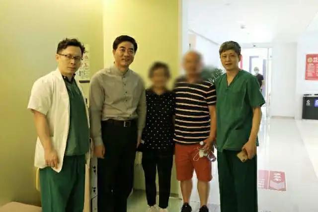 上海市同仁医院首例经导管主动脉瓣置换术顺利完成