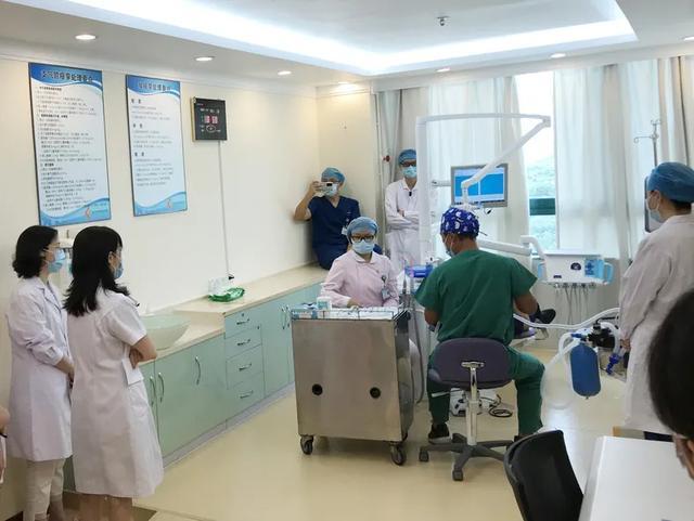 深圳市妇幼保健院口腔病防治中心联合麻醉科开展舒适化治疗应急演练