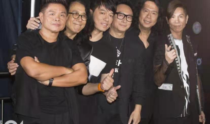 57岁音乐人陨落,乐队生涯辉煌一时,为张国荣打造多首金曲