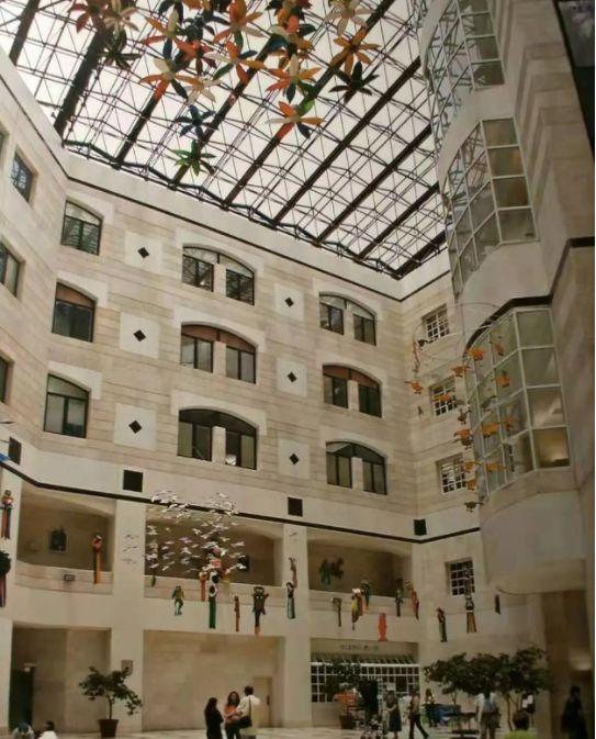 Schneider医院内部